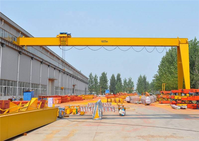 How to choose semi-gantry crane